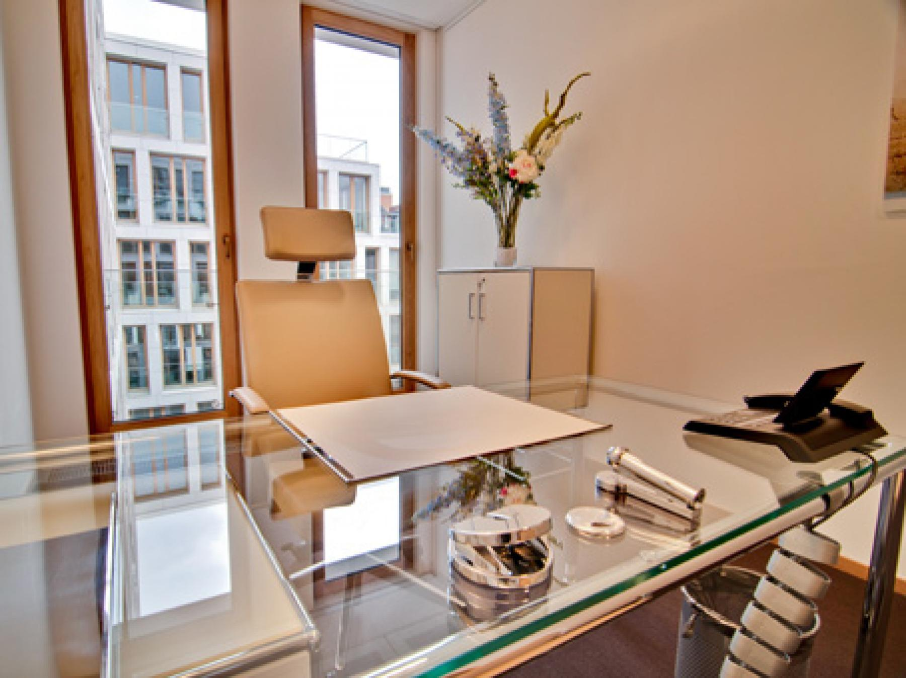 Hochmodernes Büro mieten in Hamburg