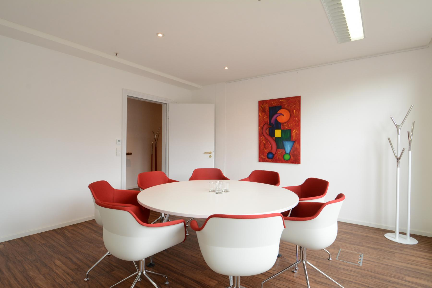 Colourful meeting area in the office in Hamburg
