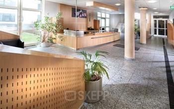 Business Center mit schickem Eingangsbereich in Hamburg Wandsbek