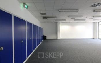 Große helle Bürofläche zur Miete in Hannover Döhren