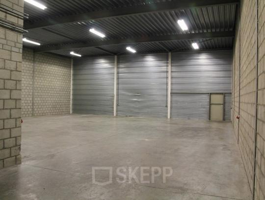 storage space hall empty spaces office room