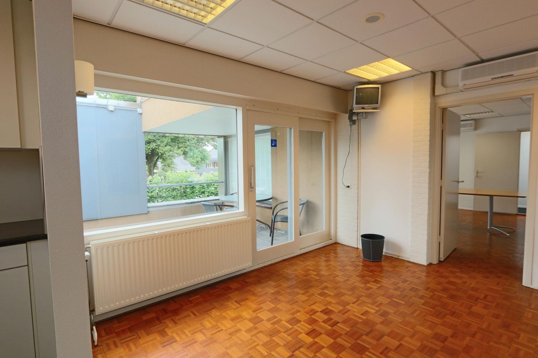 loungeruimte sociaalhart kantoorpand kantoorgebouw Hengevelde