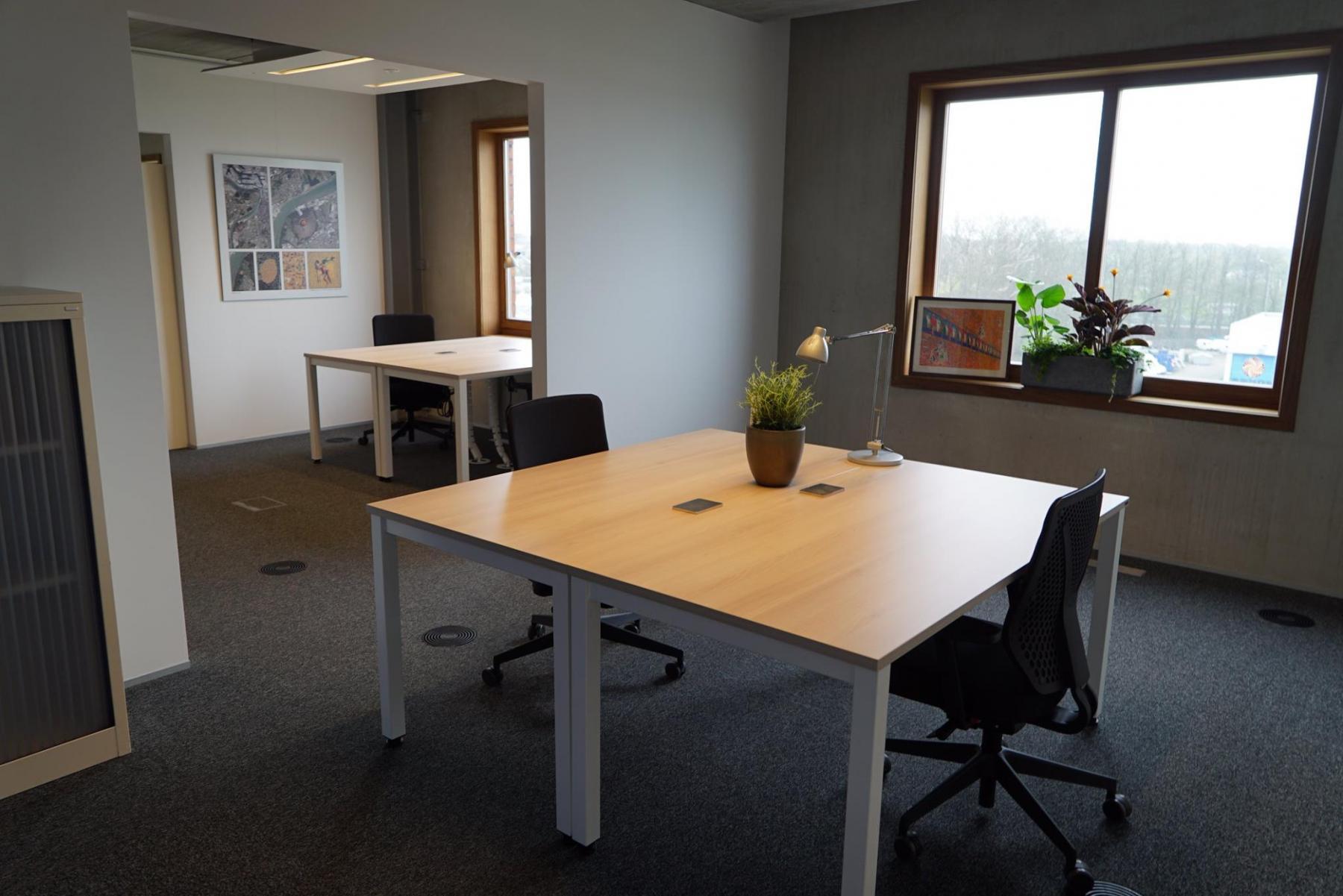 kantoor met doorloop