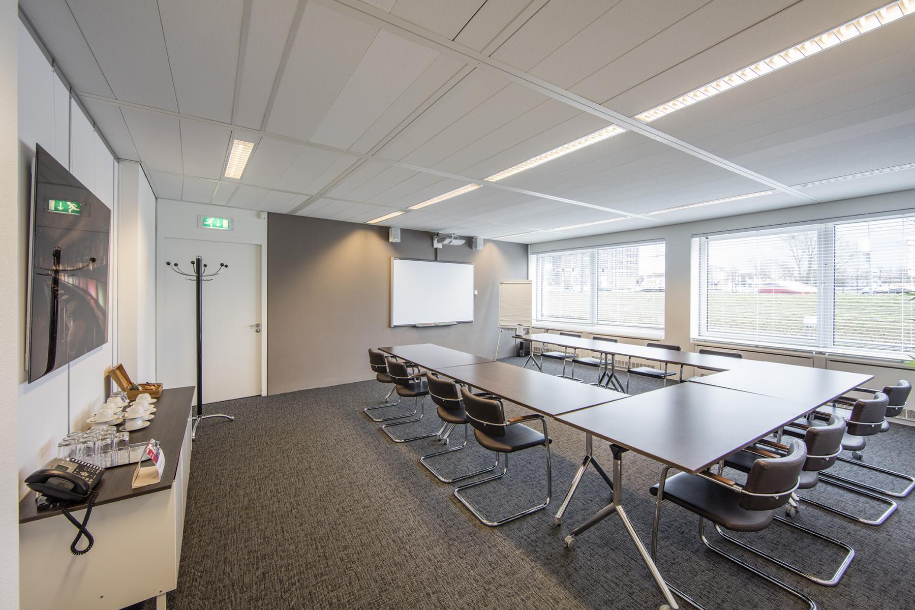 vergaderruimte presentatiemogelijkheden hoofddorp polarisavenue