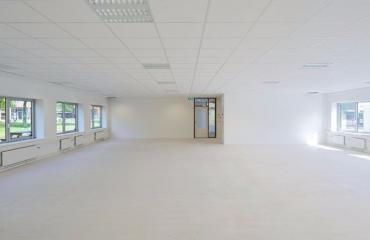 Empty office space for rent in Houten