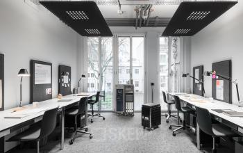 Moderne Coworking-Area mit schöner Aussicht