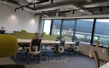 office for rent fabryczna office park cracow