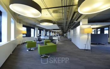 flexwerkplekken begane grond kantoor leiden kanaalpark banken lampen open ruimte SKEPP