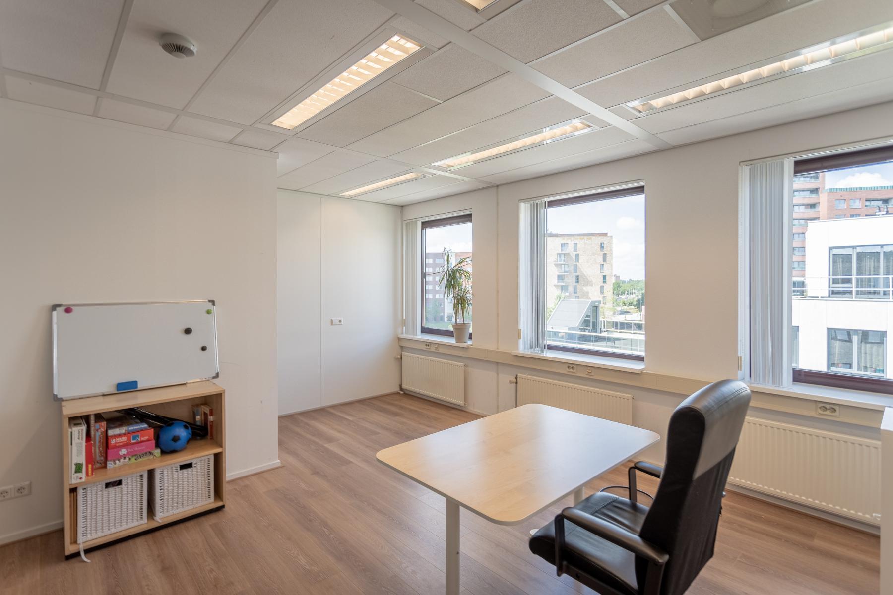Rent office space Kanaalpark 157, Leiden (5)
