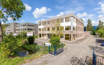 environment office building leiden green
