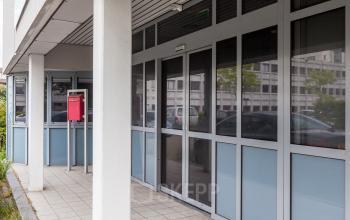 blue building post address windows leiden