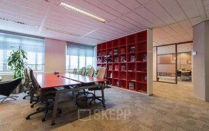 office space for rent in Leidschendam red wall
