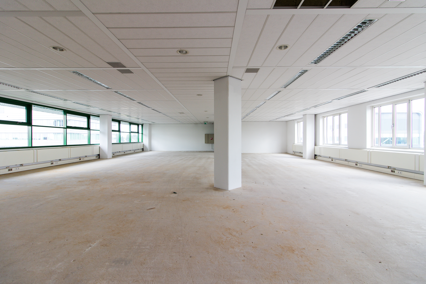 empty office space for rent not furnished yet
