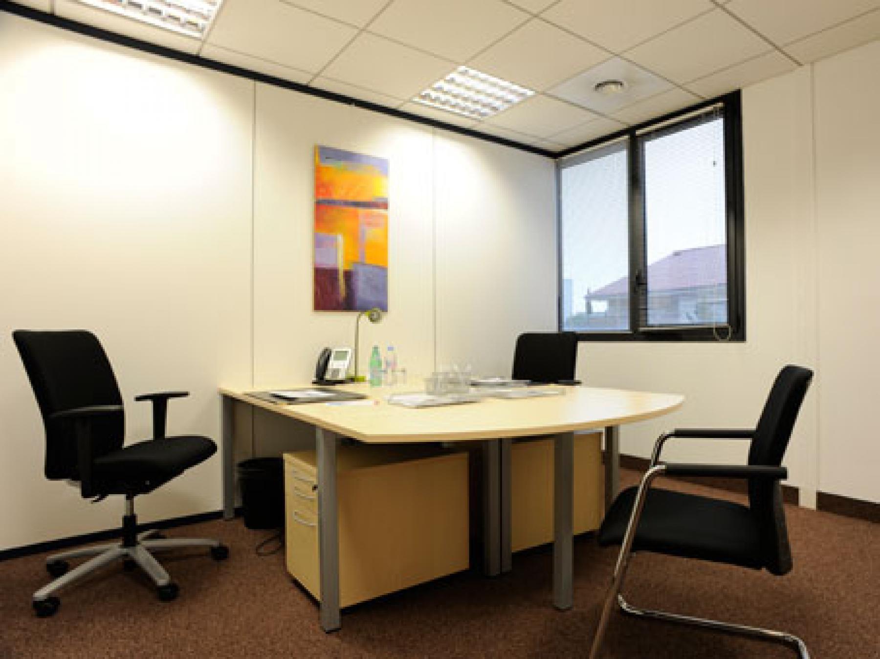 Magnifique espace de bureau pour travailler en tranquillité à la rue de la Villette