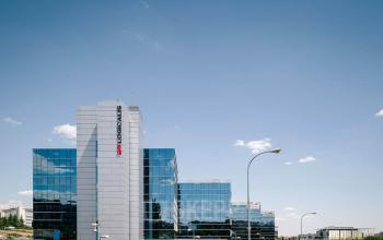 Las mejores oficinas en alquiler en Ribeira del Lloiura 36-50