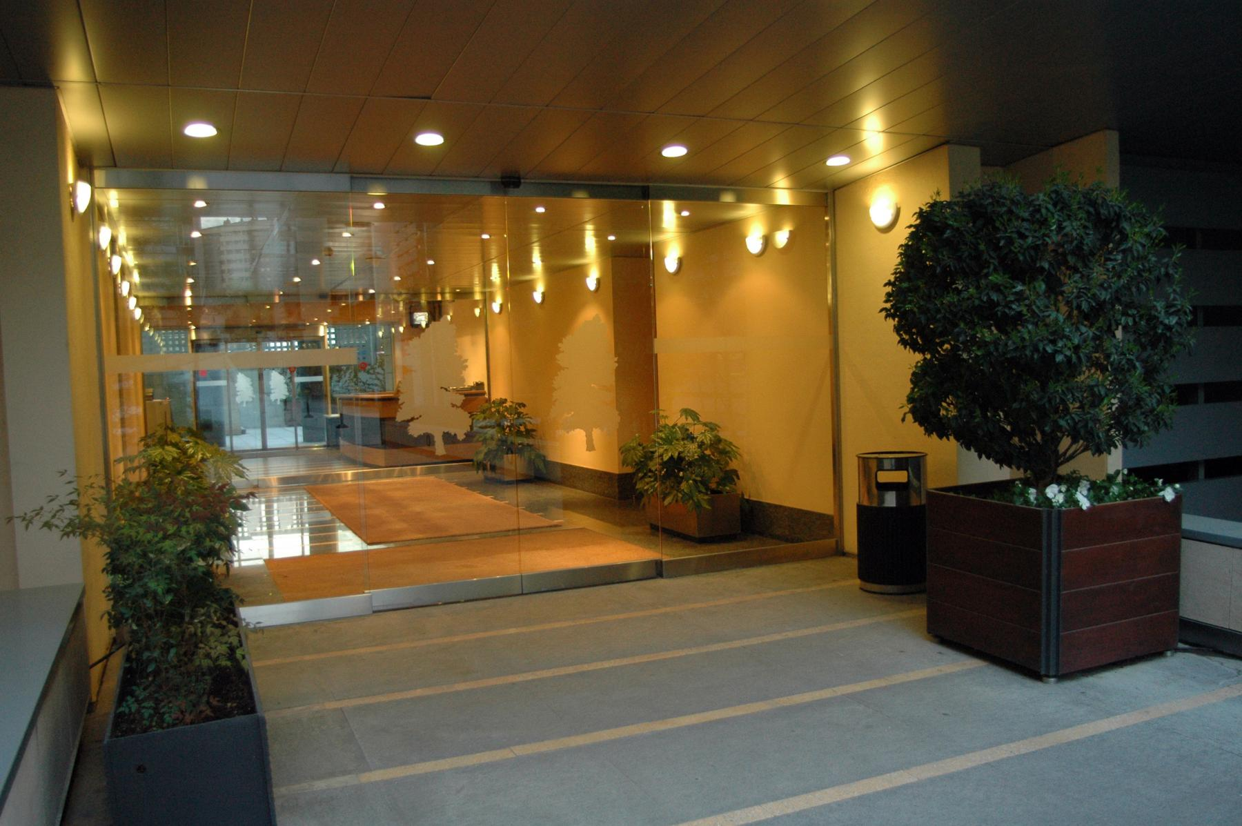 Alquilar oficinas Calle de Serrano Galvache 33, Madrid (5)