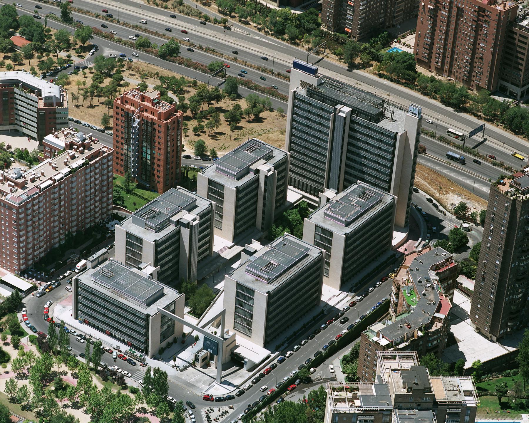 Alquilar oficinas Calle de Serrano Galvache 33, Madrid (2)