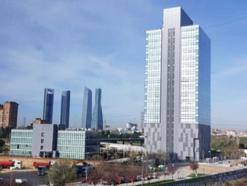 Oficinas increibles en alquiler en Dulce Chacón 55 Torre Chamartín