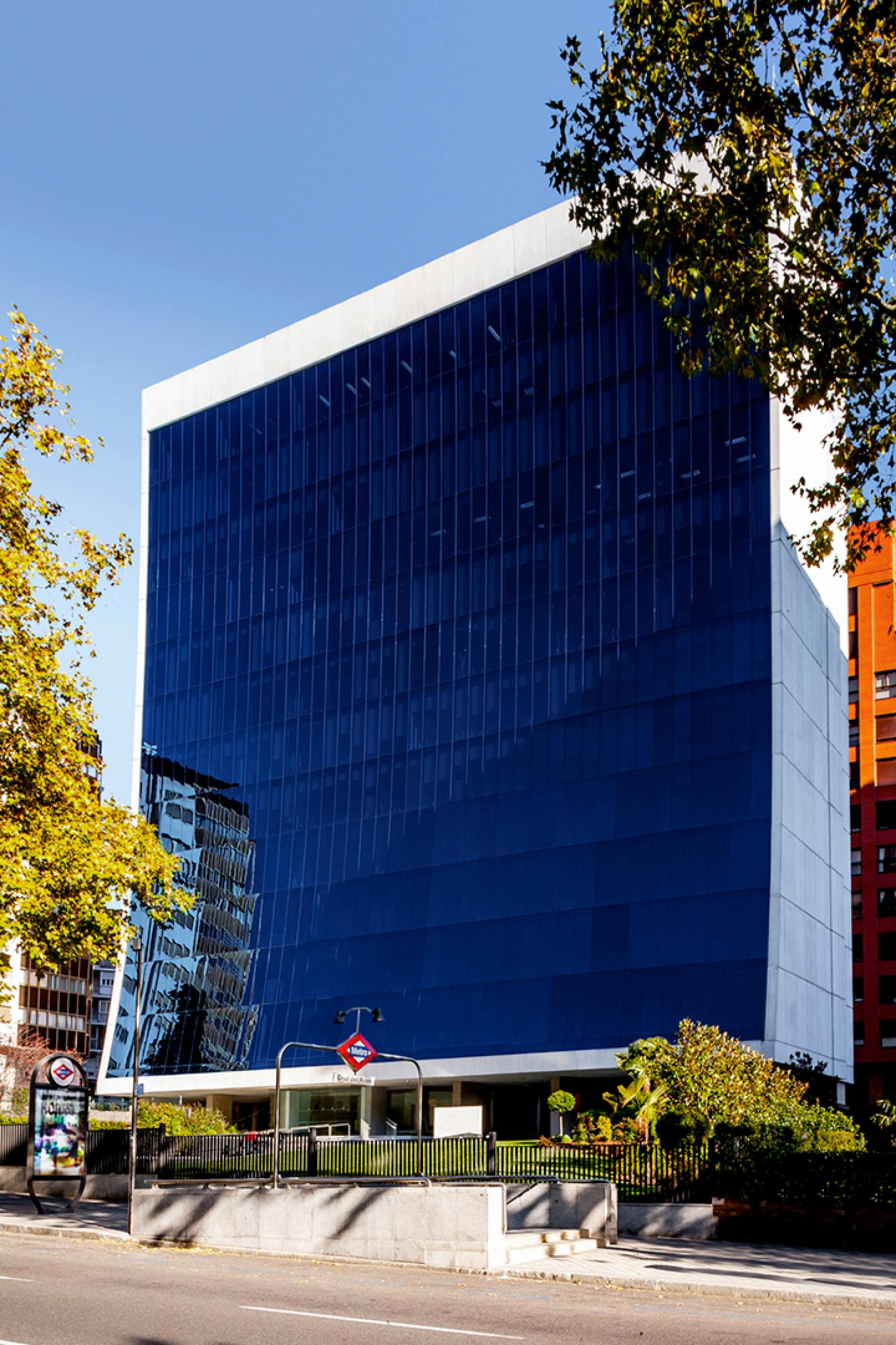Alquilar oficinas Paseo de la Castellana 141, Madrid (3)