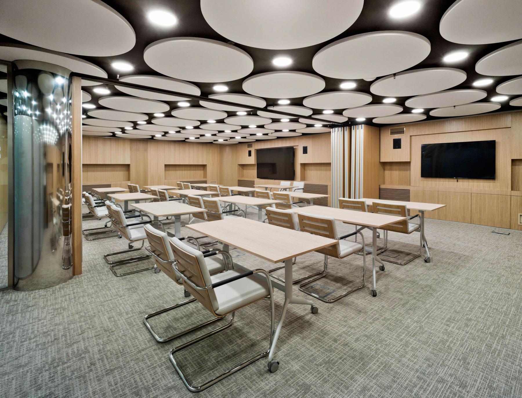 Alquilar oficinas Paseo de la Castellana 81, Madrid (6)