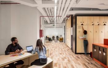Alquilar oficinas Calle Orense 62, Madrid (14)