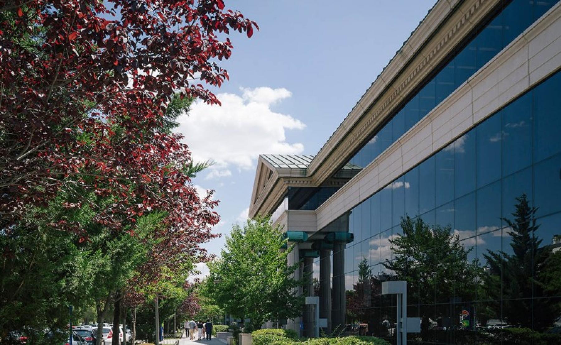 Alquilar oficinas Vía de las Dos Castillas 33, Madrid (1)
