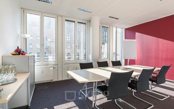 Hervorragender Konferenzraum der Büroimmobilie in München