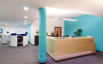 Erstklassiger Empfangsbereich des Bürogebäudes in München-Laim