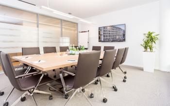 Hochmoderner Besprechungsraum nach allerneusten Standards in München-Maxvorstadt
