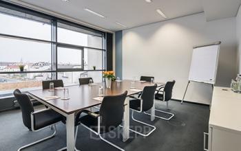 Großer Konferenzraum der Immobilie in München Maxvorstadt