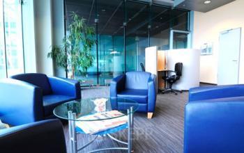 Erstklassiger Loungebereich im Business Center in München Nord