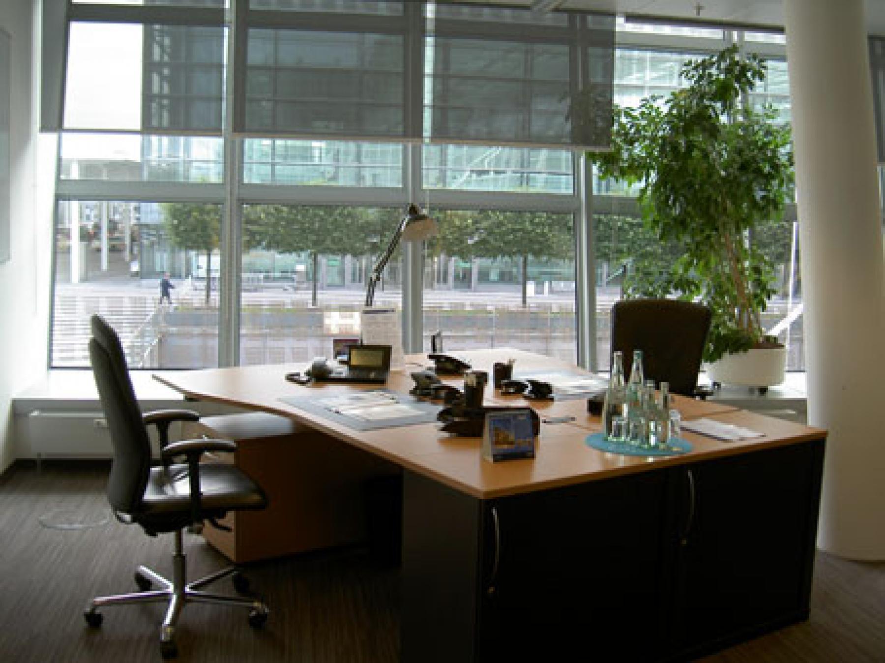 Helles Büro mieten am Flughafen München
