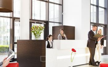 Büro in Business Center mieten mit repräsentativen Eingangsbereich in München Riem