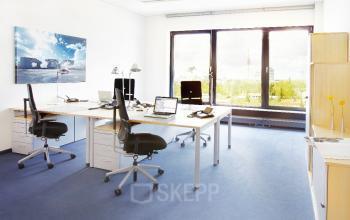 Große Büroräume mieten in München Schwabing mit großzügigen Arbeitsflächen