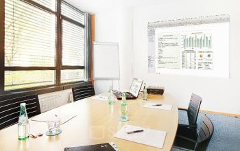 Einen Büroraum mieten im Business Center Schwabing an der Leopoldstraße mit Konferenzraum