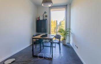 Miete ein Einzelbüro im Bürogebäude in München