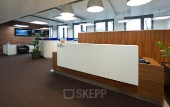 Erstklassiger Empfangsbereich des Büros an der Theresienhöhe in München Sendling