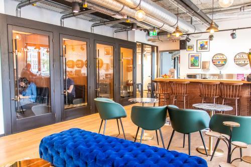 Voll ausgestattete Business Lounge im Business Center im München, Viktualienmarkt