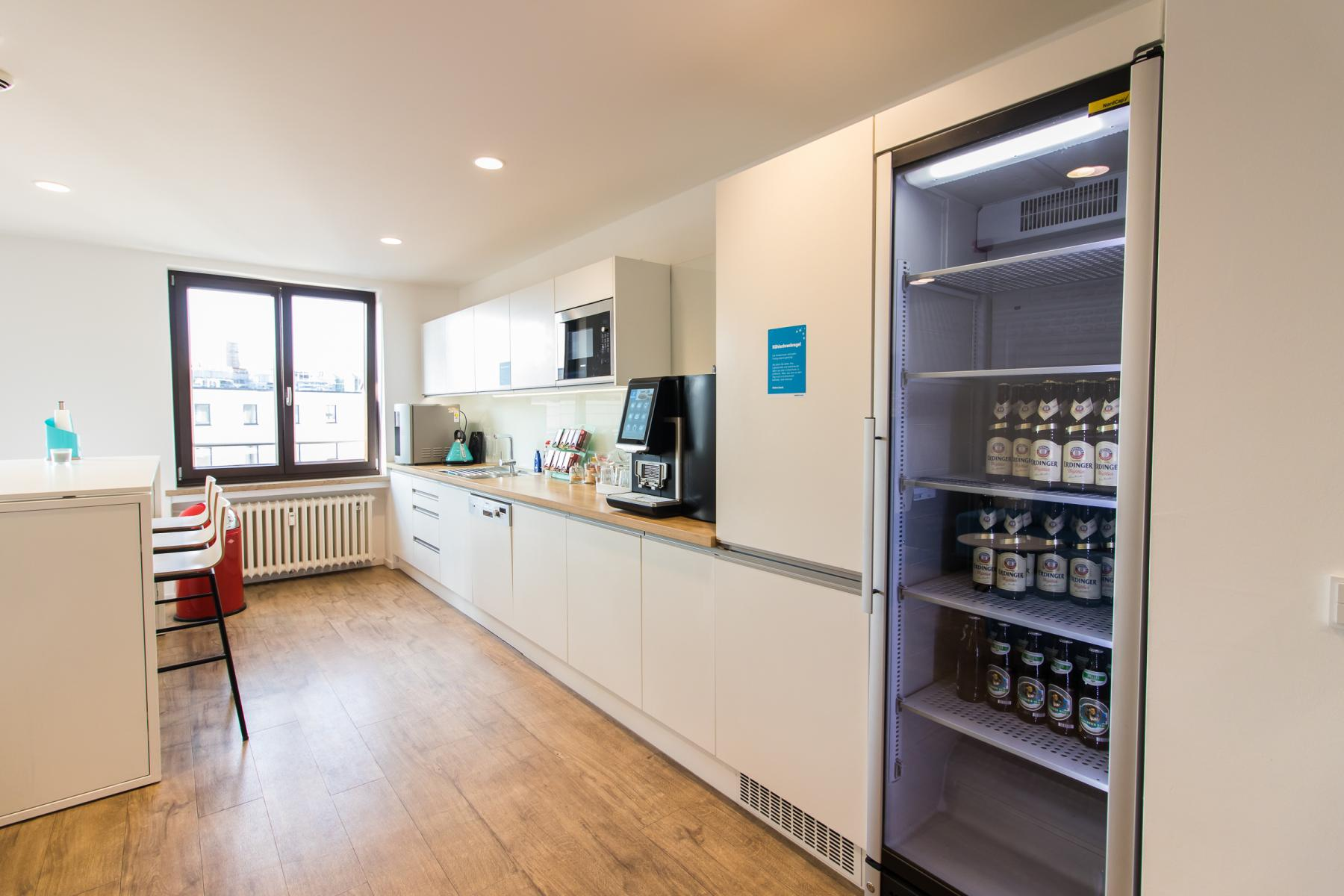 fully equipped kitchen in the business center in Munich Altstadt