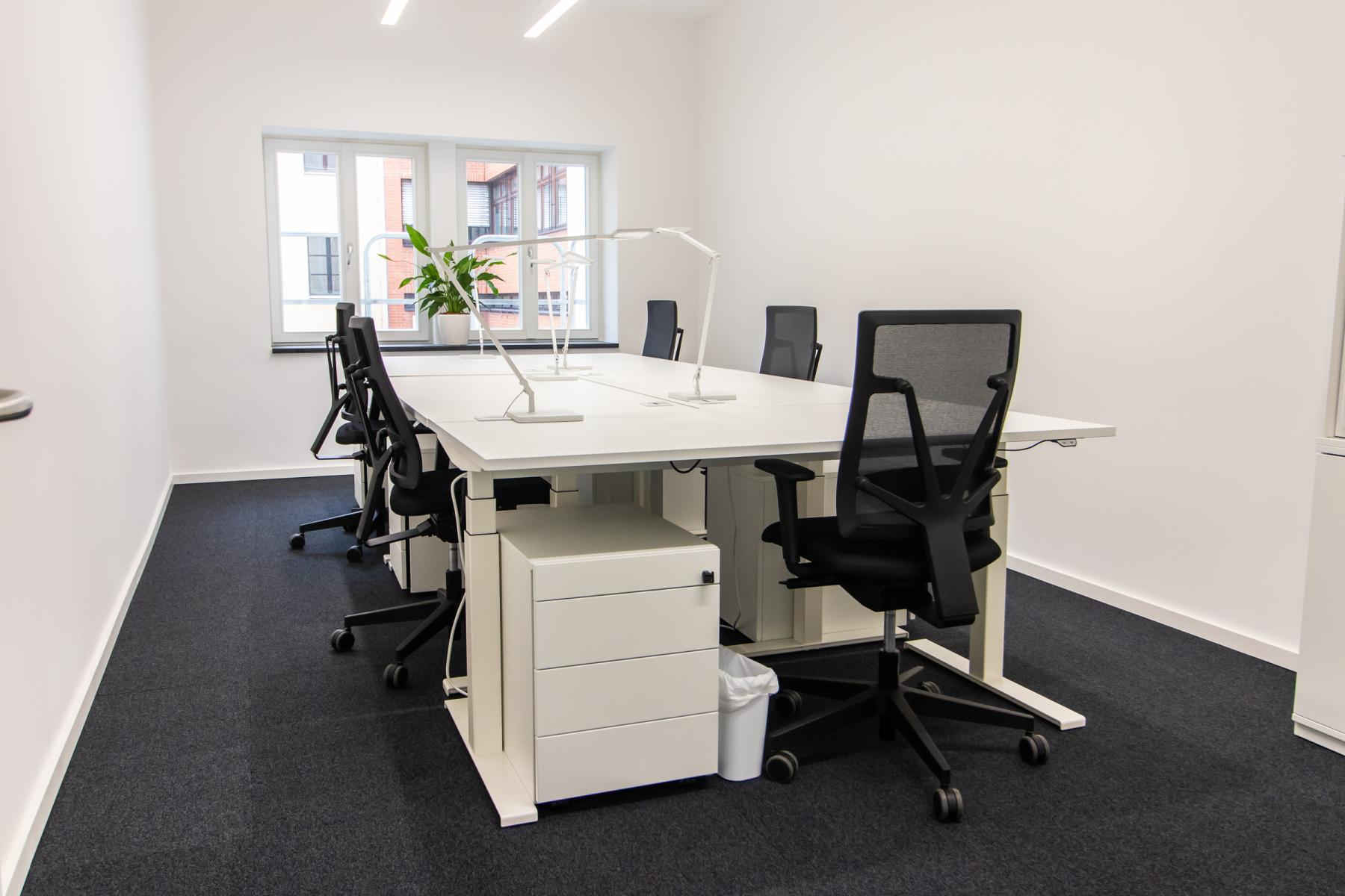 Helles Büro mieten in München