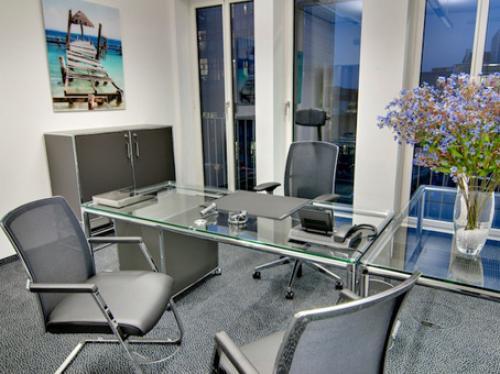 Voll ausgestattetes Büro zur Miete in München Haidhausen