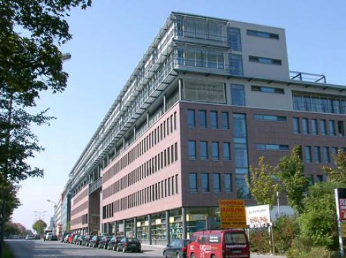 Eindrucksvolle Außenansicht der Immobile an der Landsberger Straße in München