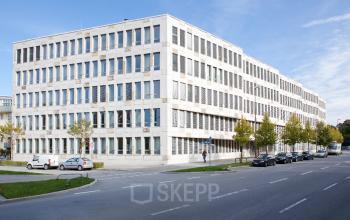 Büro mieten in Immobilie in Sendling an der Radlkoferstraße mit spektakulärer Außenansicht