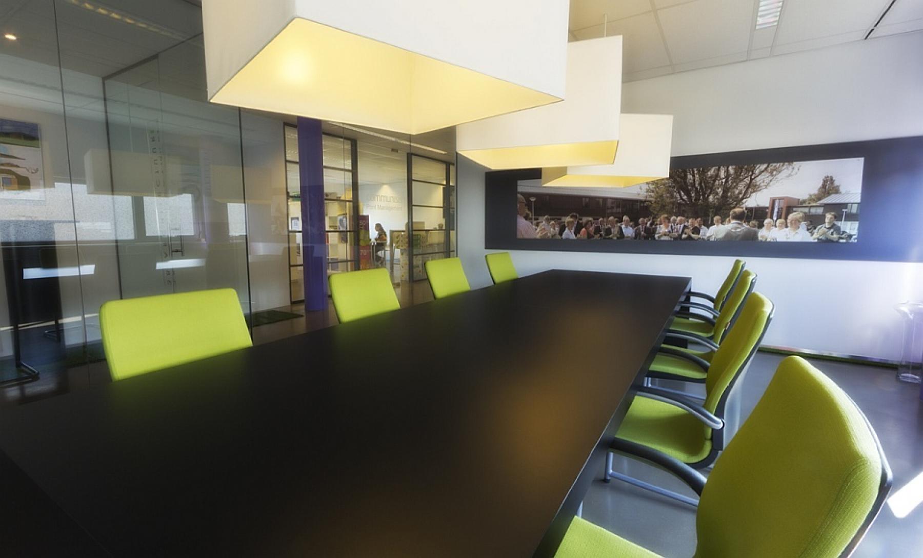 expodium business center made 01