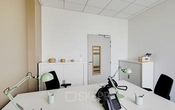 Espace de bureau avec porte verrouillable à la rue de Dunkerque