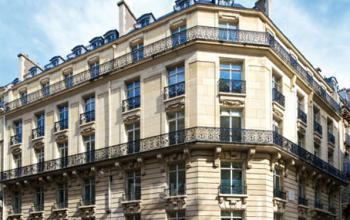 Immeuble de bureau caractéristique à la rue Duret