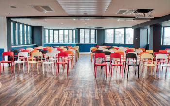 Salle modulable pour que vous puissiez organiser tous vos événements professionnels en simplicité au boulevard Gouvion Saint-Cyr