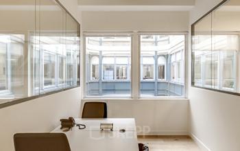 Espace de bureau pour deux personnes dans la Rue Réaumur
