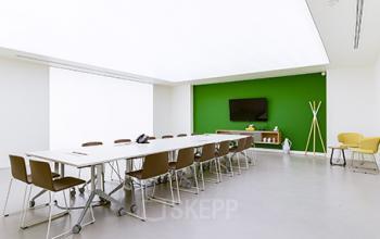 Salle de réunion spacieuse dans la Rue Réaumur