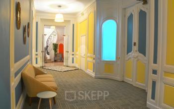 Corridor with modern furniture at Rue du 4 Septembre